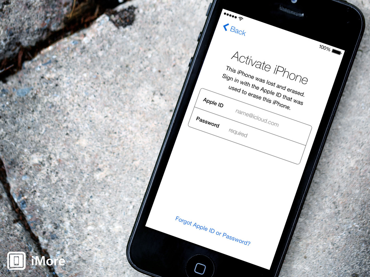 iOS 7 preview: Activation lock aims to keep out the crooks
