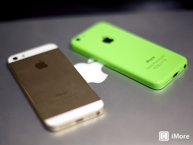 iphone_5s_iphone_5c_gold_green_hero_fixed1