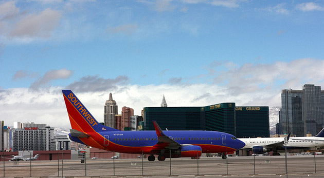 Southwest airlines now allows gadget use during takeoff for Southwest airlines free wifi