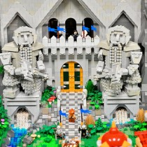 LEGO-Erebor-Sculpture-The-Hobbit-8