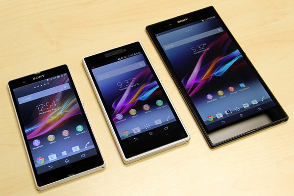 Xperia Z Ultra Vs Xperia Z1 Android 4.4 Update Rol...