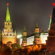 4-24-2014_kremlin_at_night