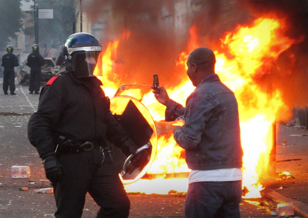 Riots And Looting Continues Across London