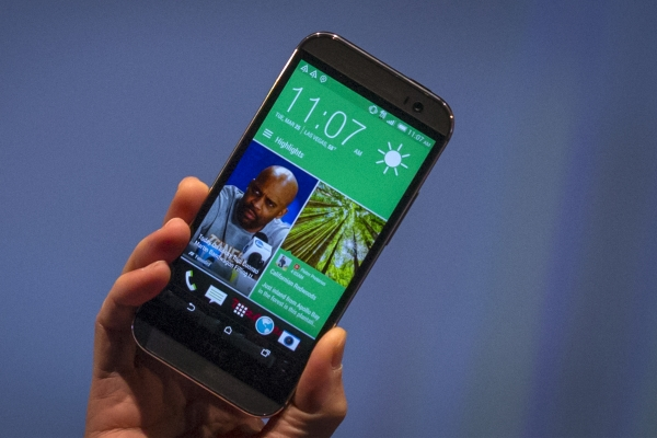 HTC One M8 Gets a New Update. Android 4.4.2 Hits the T ...