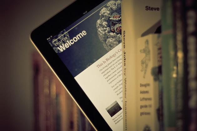 ipad-books-johan-larsson-flickr