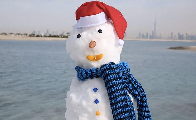 dubai-snowman1