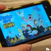 family-guy-windows-phone-lumia-1020-hero1