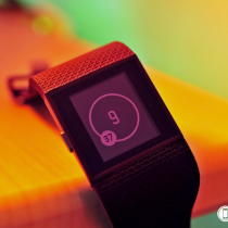 fitbit-surge-macro-colors_1024-hero1