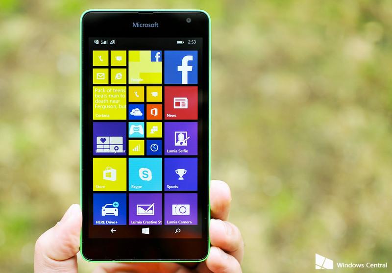 Lumia_535_hero_green1