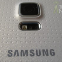 Samsung_Galaxy_S_5_Back_Camera_Samsung_Logo_TA_02-630x3721