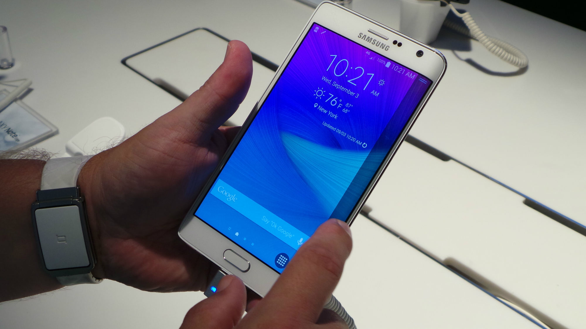 Samsung Galaxy Note Edge comes to U S  Cellular on January 7