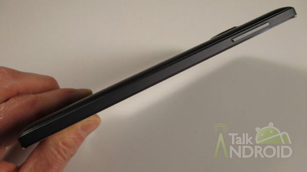Samsung_Galaxy_Note_Edge_Left_Side_TA