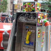 robot-payphone-sarah-flickr1