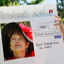 facebook-privacy-protest-ap-photo-paul-sakuma1