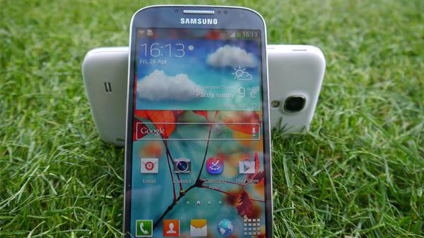 Samsung-Galaxy-S4-Lollipop-Update1
