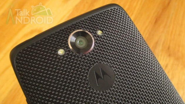 DROID_Turbo_Back_Slanted_2_Camera_Motorola_Logo_TA-630x3541