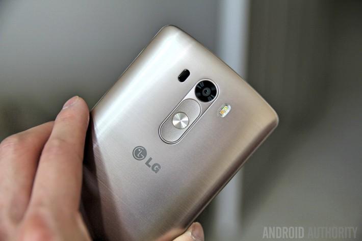 LG G3 Vs HTC One M8-47