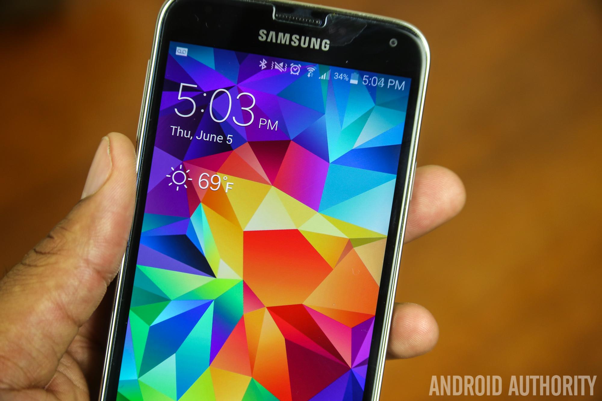 Spigen Screen Protector 9H Strong Surface Samsung Galaxy S5-1