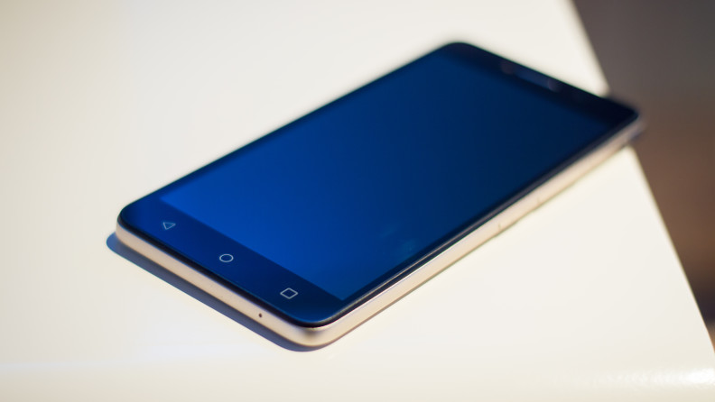 Alcatel OneTouch Pixi 4 hands-on - AIVAnet