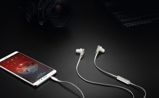 honor_hybrid_earphones