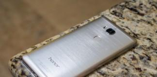 honor 5X vs Nexus 5X vs OnePlus X