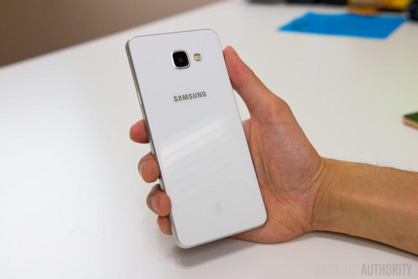 Samsung Galaxy A7-28
