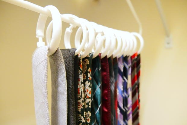 clothes-hanger-ties-scarves.jpg