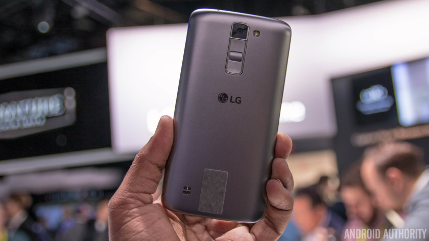LG-k7-hands-on-AA-(1-of-8)