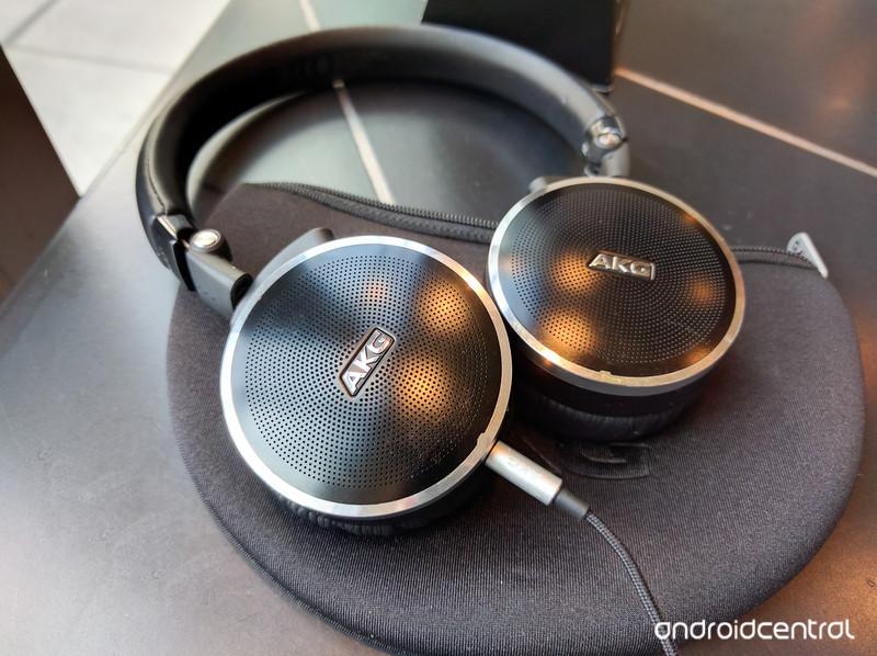 AKG-headphones.jpg?itok=gHhYpriJ