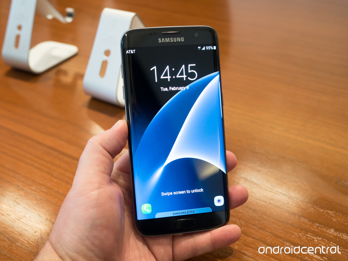 Hypermoderne What color Samsung Galaxy S7 or S7 edge should you get: white ID-38