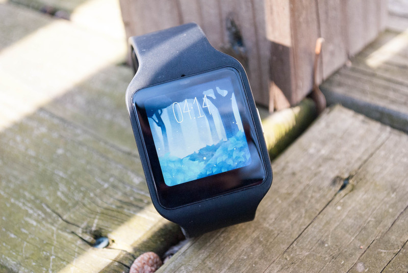 watchface-roundup-mysterious-forest-hero