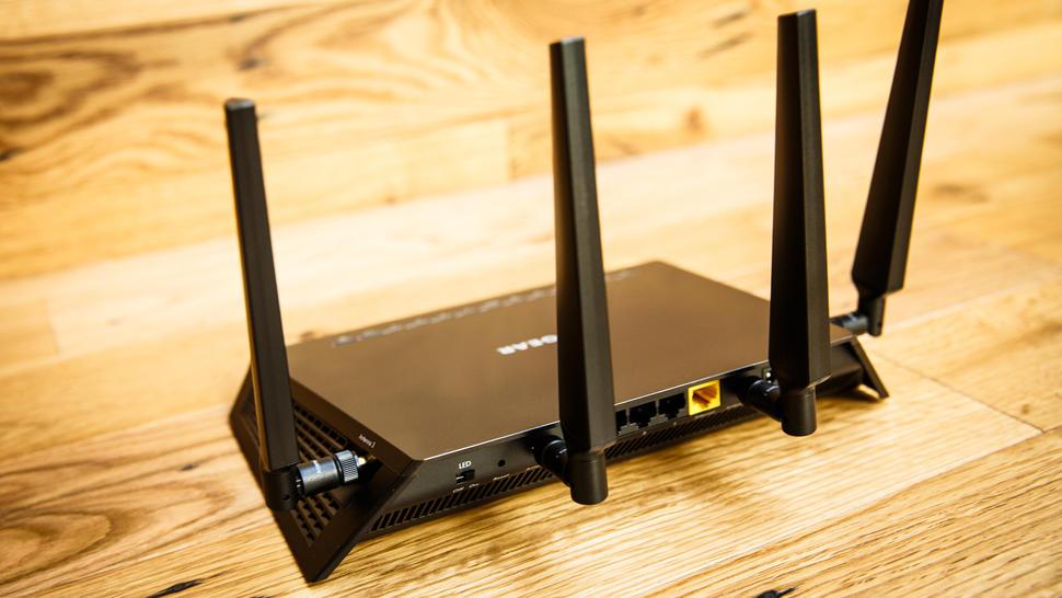 netgear-nighthawk-x4s-router-7387-001.jpg