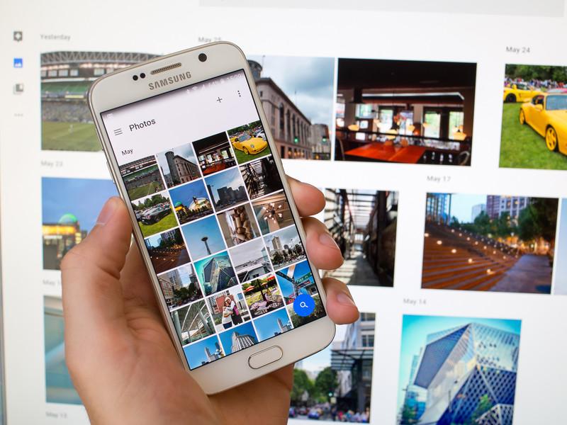 google-photos-phone-web.jpg?itok=L6CiU5p