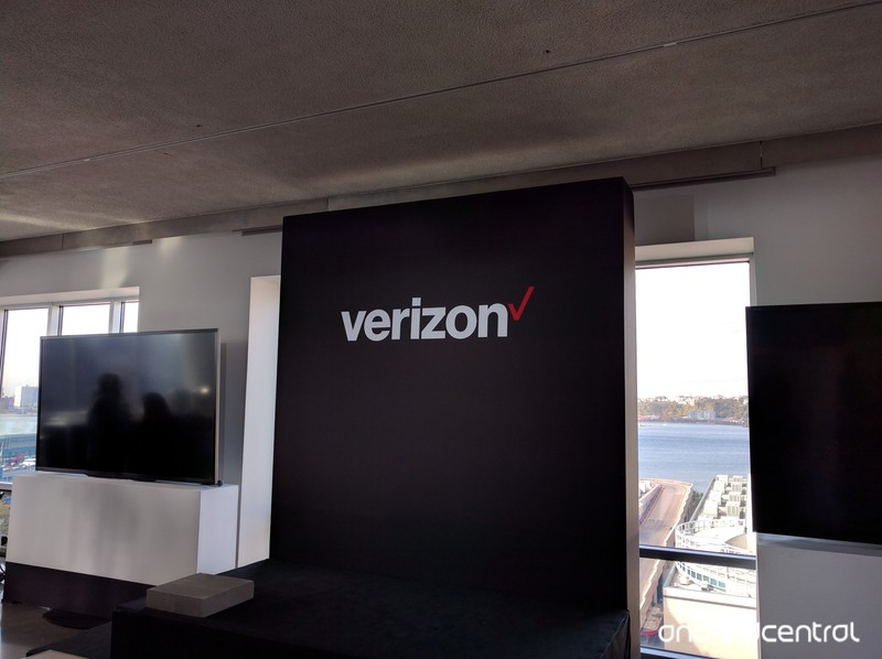 verizon-droid-event-nyc-oct-2015.jpg?ito