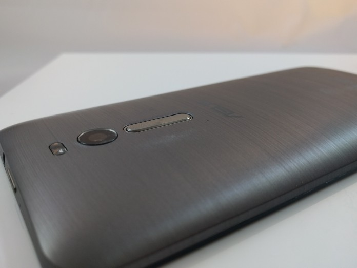 The Asus Zenfone 2 is the perfect example of why unlocked phones will rule the market in 2016 (Review)