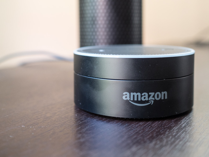 amazon-echo-dot-14new.jpg?itok=Uz4Nra03