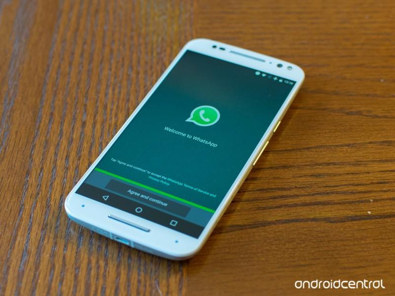 whatsapp-start-moto-x-pure-hero.jpg?itok
