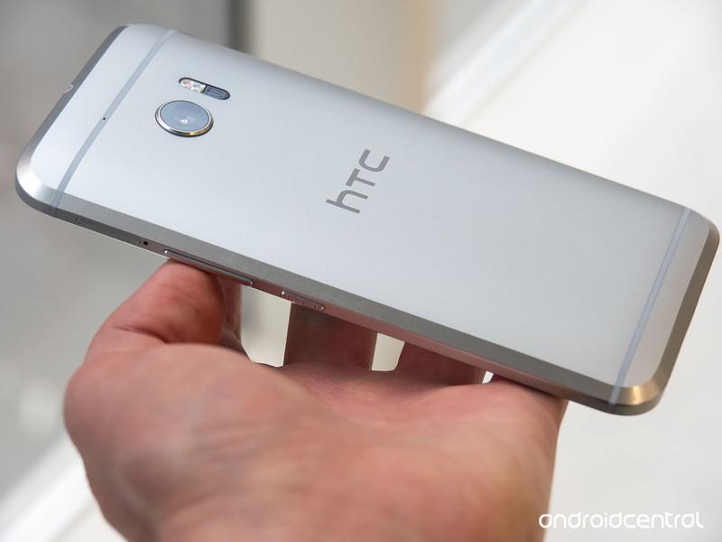htc-10-silver-back.jpg
