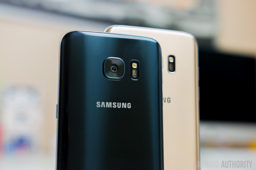 Samsung Galaxy S7 vs S7 Edge-7