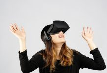 Oculus Rift comes to 48 Best Buy stores May 7th