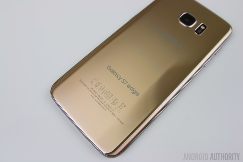 Samsung Galaxy S7 Edge photos-29