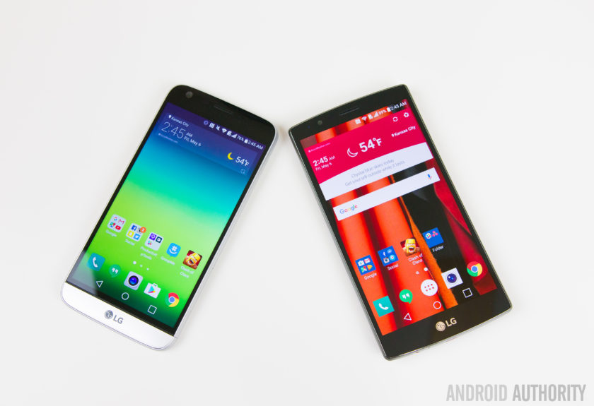 LG G5 VS LG G4-10