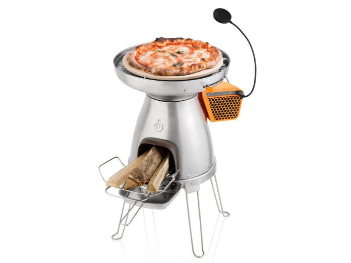 BioLite's PizzaDome will let you charge your phone while you cook a pizza