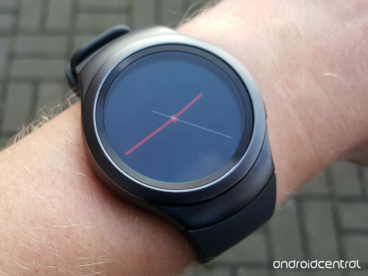 Gear S2 update brings Contacts app, automatic sleep tracking