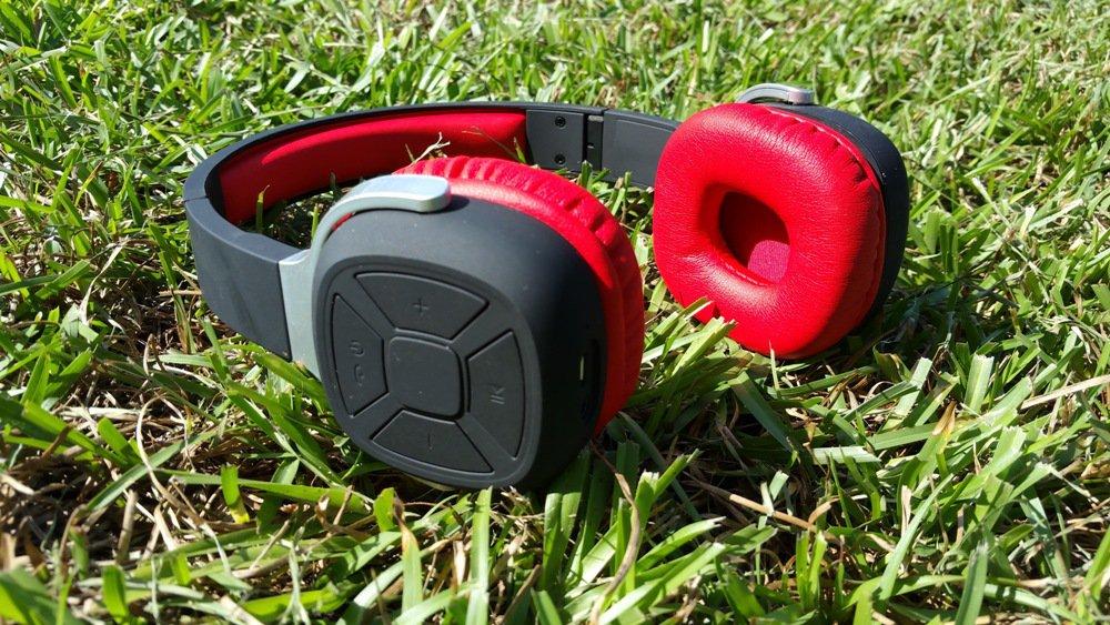 Higoingheadphones1