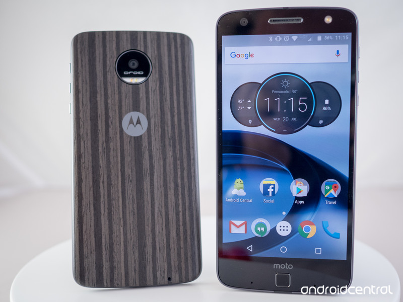 moto-z-droid-review-2_0.jpg?itok=VSw48KP