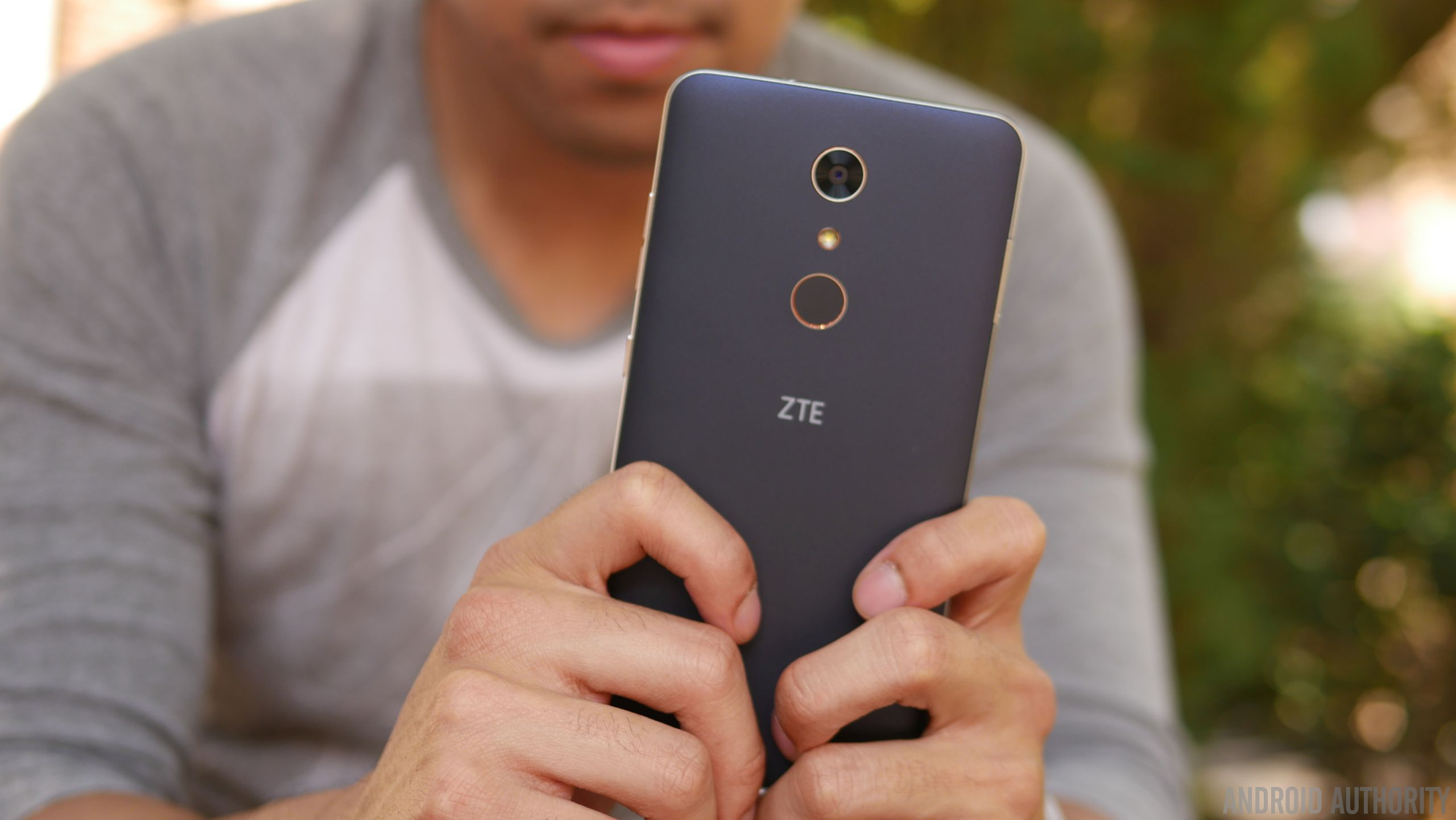 ZTE ZMAX Pro Review 8