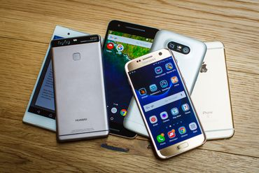 pile-of-phones-may-2016-5319-001.jpg