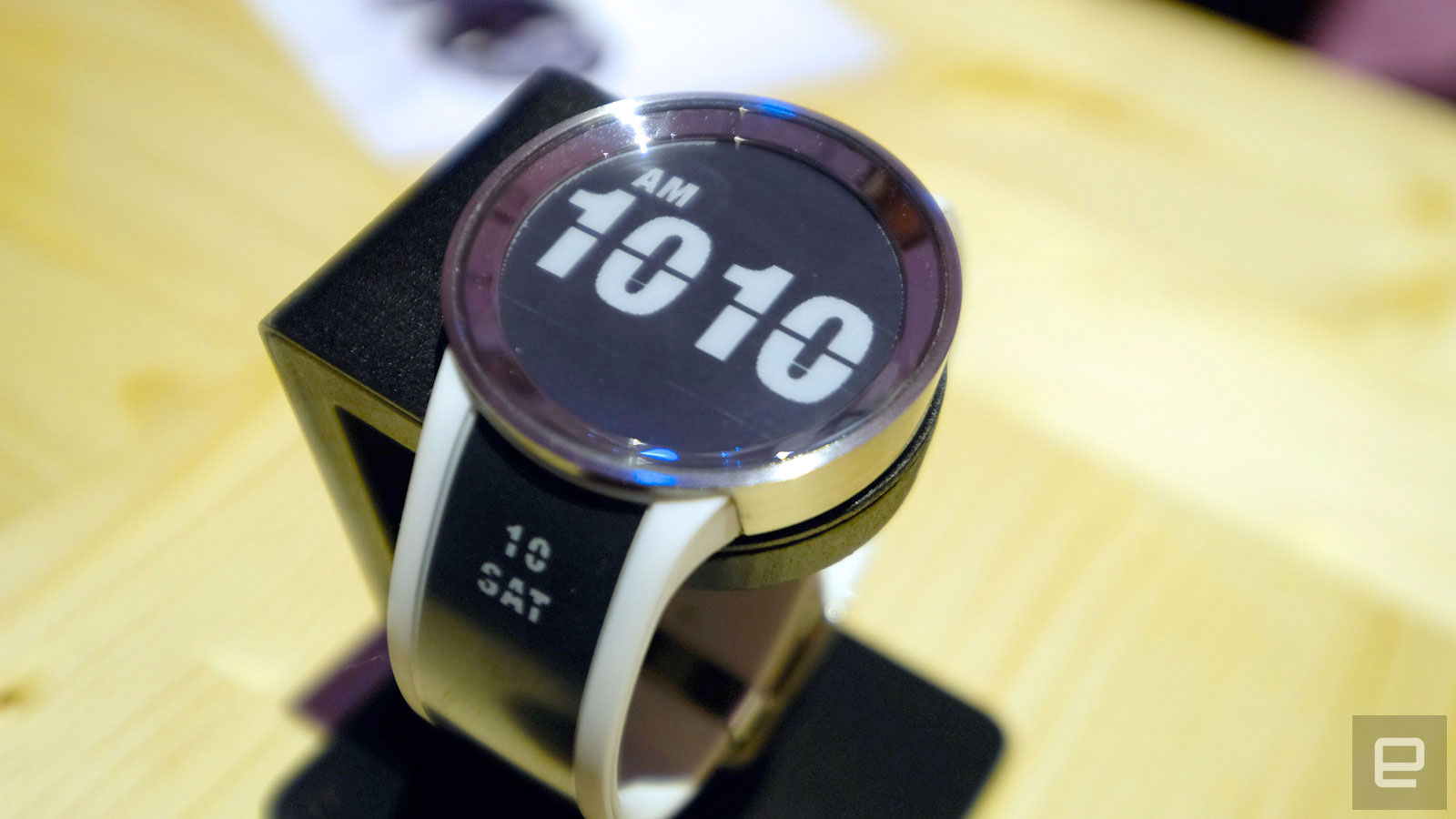 e-ink-watch-now.jpg