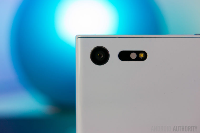 Sony Xperia X Compact Review-6